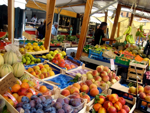 farmer's market in rome